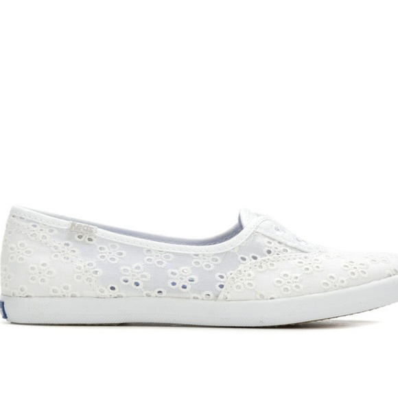 4619fcf29cc Keds chillax floral eyelet slip-on white sneakers